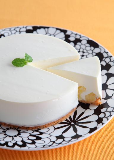 ココパインレアチーズケーキ