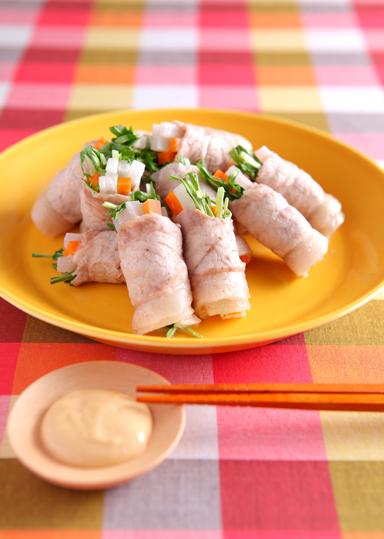 豚肉の野菜巻き 味噌マヨ添え のレシピ・作り方 │ABCクッキングスタジオのレシピ