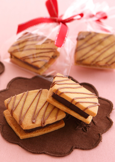 生チョコサンドクッキー のレシピ・作り方 │ABCクッキングスタジオのレシピ | 料理教室・スクールならABCクッキングスタジオ