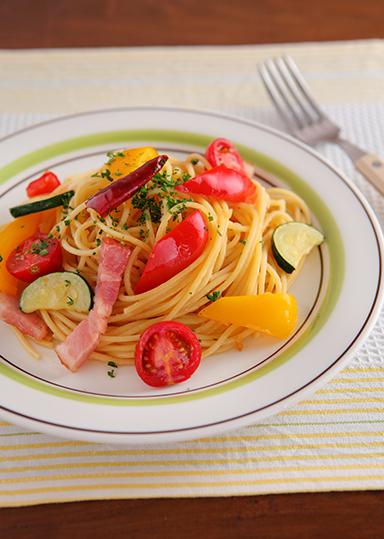 夏野菜たっぷり☆ペペロンチーノ のレシピ・作り方 │ABCクッキングスタジオのレシピ