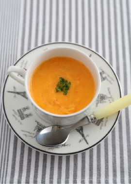 カニのトマトクリームスープ