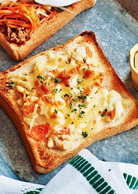 焼きチーズポテトサラダトースト
